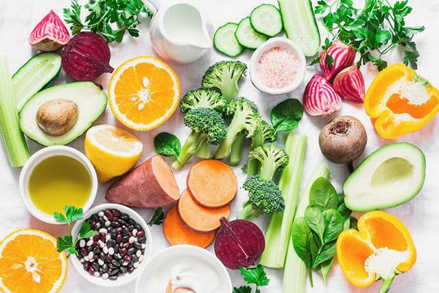 彩り豊かな野菜や果物